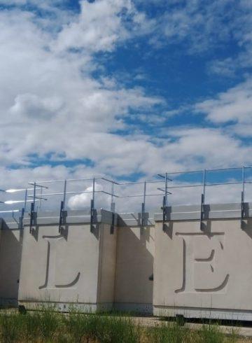 Mejora integral en las cubiertas de treinta edificios de la Línea de Alta Velocidad Madrid-Barcelona-Frontera Francesa
